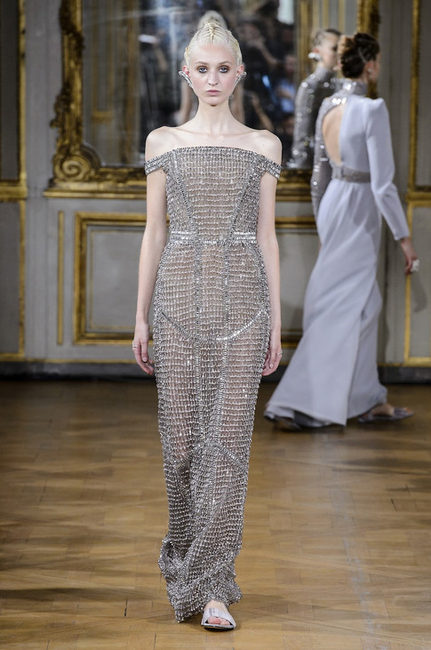 24_Couture_aw_17_18.jpg