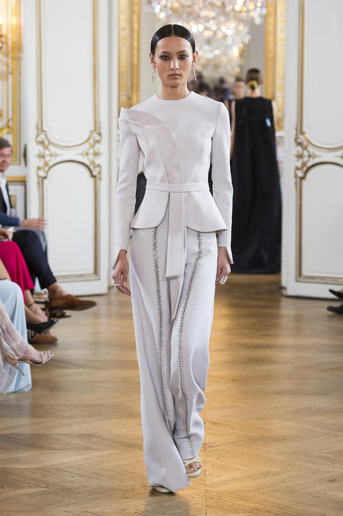 05_Couture_AW_18_19.jpg