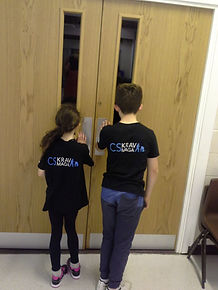 Kids self defence, childrens martial arts, build confidence, stranger danger, kids krav maga, childrens self defence