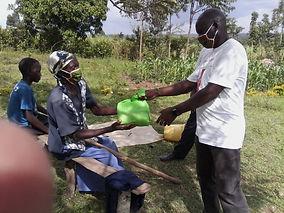 2. Food distribution.jpg