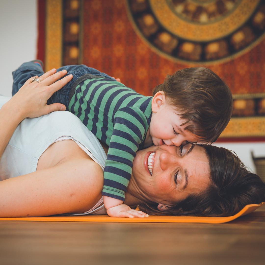 """Yoga Postnatal """"Maman-Bébé"""""""
