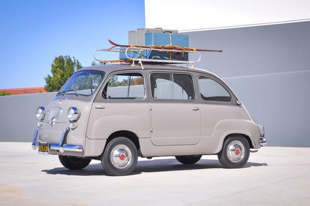 1957 600 6-Seat