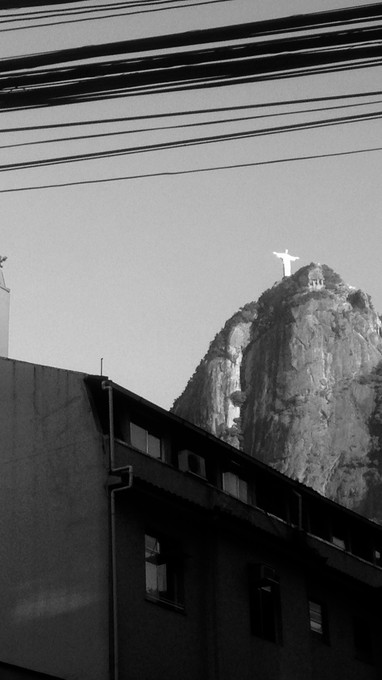 CRISTO REDENTOR FROM STREET