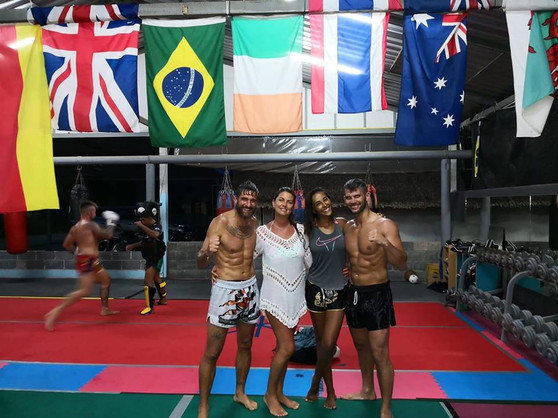Con Juliana Moreira e Edoardo Stoppa - K
