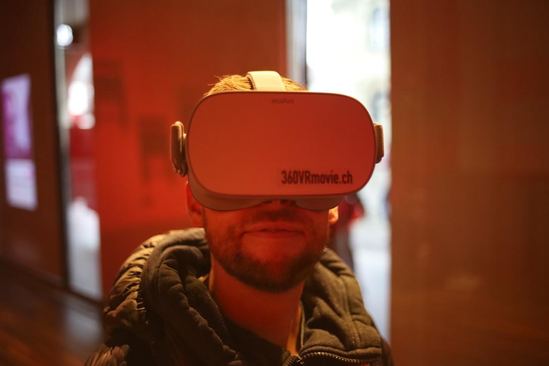VR-Loeb-Schaufenster.jpg