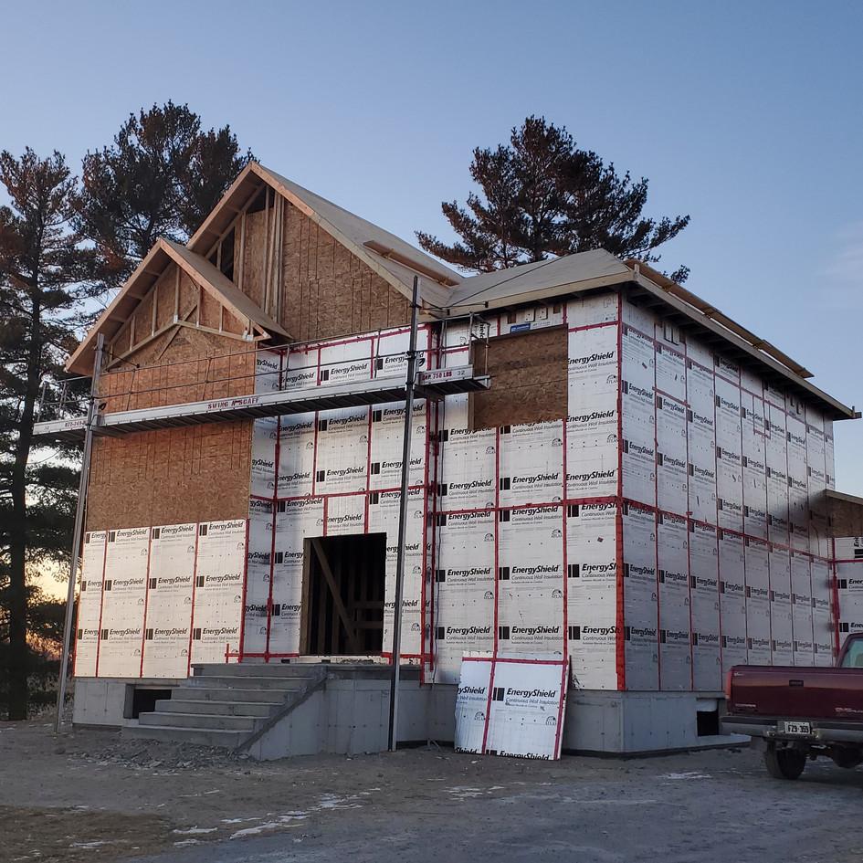 Moke residence (click here for more)