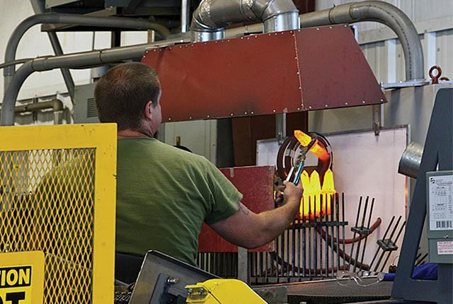 worker_hot_miner_bit.jpg