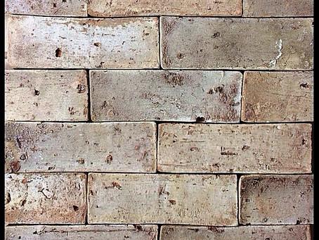 Tenha uma parede antiga...novinha em folha!