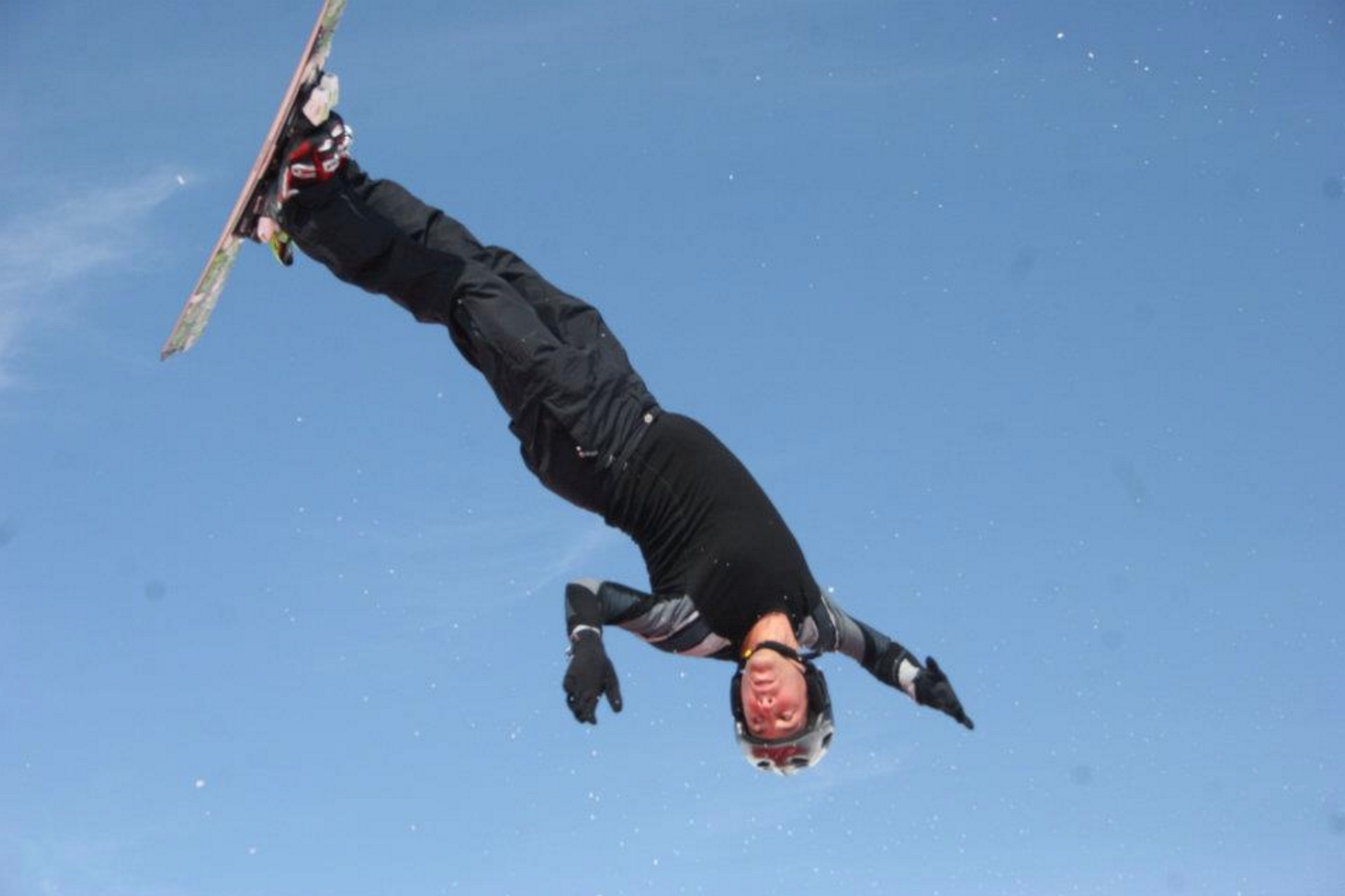 Nico Curia Jump