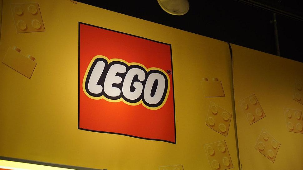 lego-digital-shelf-edge-5-min.JPG
