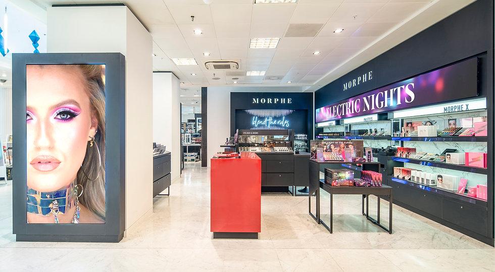 Cosmetic Retail - In-store digital media