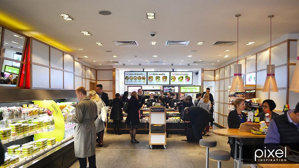 Restaurants - digital menu boards - Itsu - Holborn 4.jpg