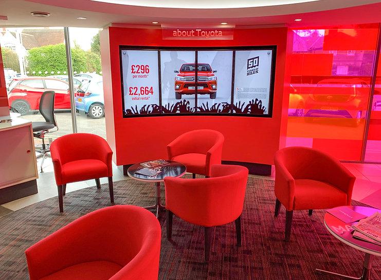 Automotive - in store digital media - Toyota 3.jpg