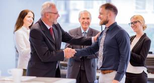 7 artículos sobre la importancia de reconocer a los colaboradores.