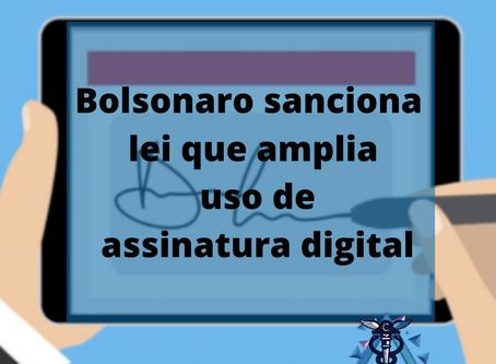 Bolsonaro sanciona lei que amplia uso de assinatura digital