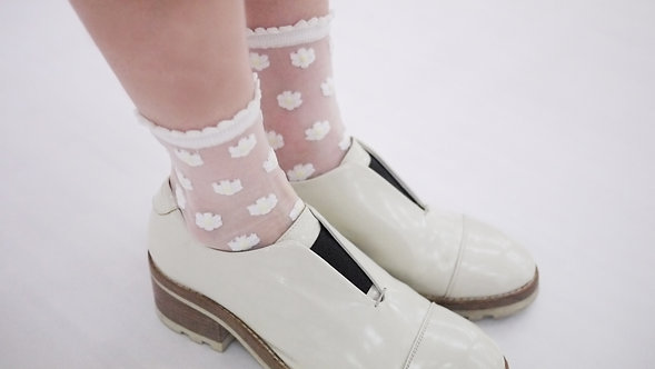 White Sheer Floral Ankle Socks