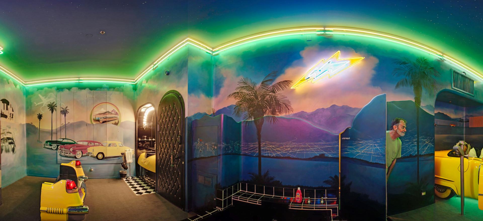 Drive-in Theme Room, Los Alamos, Ca