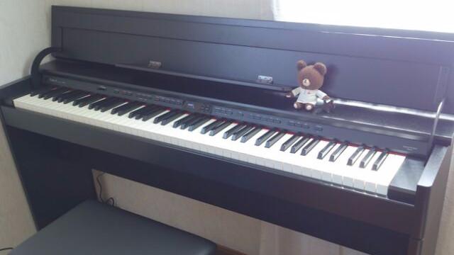 新しい電子ピアノ。
