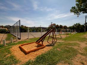 Praças Coqueiros e Mauri Meurer são revitalizadas