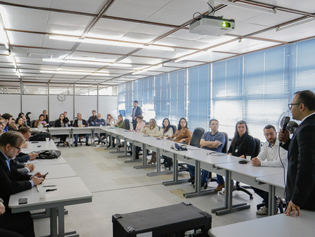 Grupo técnico da prefeitura acompanha obras do trecho 3 da orla