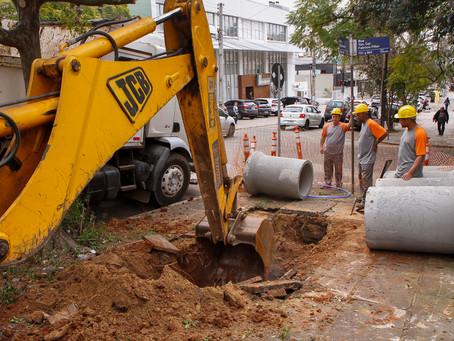 Dmae inicia substituição de redes pluviais em três bairros