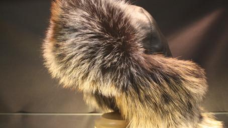 Как правильно хранить меховые шапки?