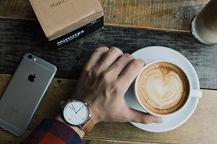 Madroc Hood minimalist watch