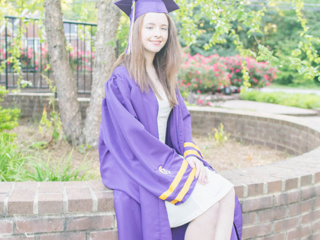 Cathryn's Cap and Gown Session