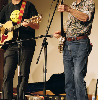 Remembering Pete Seeger, True Friend to Bread & Roses
