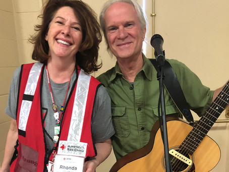 Bread & Roses Performers Bring Music to Evacuees at Marin Center