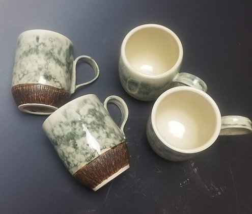 Bubble glaze mug with brown chatter texture