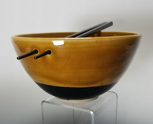 Noodle or Rice Bowls with Chopsticks