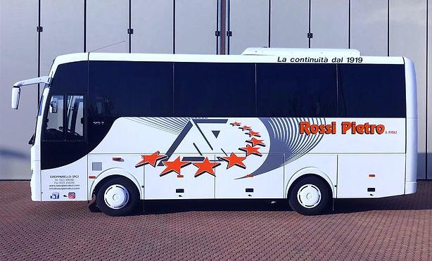 Bus per linea di collegamento Piacenza -