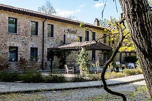 piccolo country hotel a Carpaneto Piacentino, a 8 Km dal Castello di Gropparello