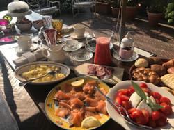 la prima colazione per la Torre del Barbagianni