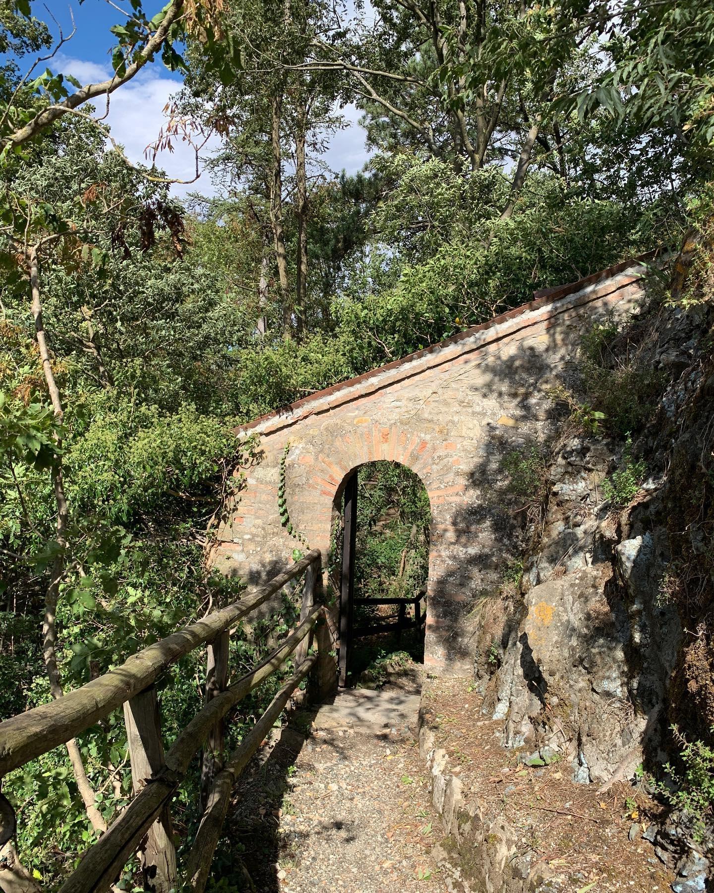 gli antichi camminamenti di ronda al castello di Gropparello