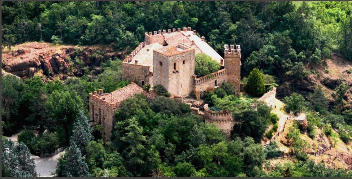 Castello di Gropparello.jpg