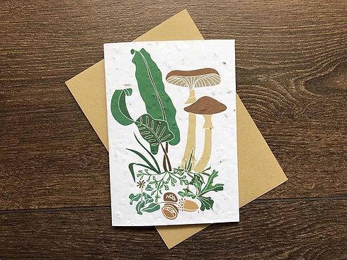 Autumn-wedding-invitation-with-mushrooms.jpg