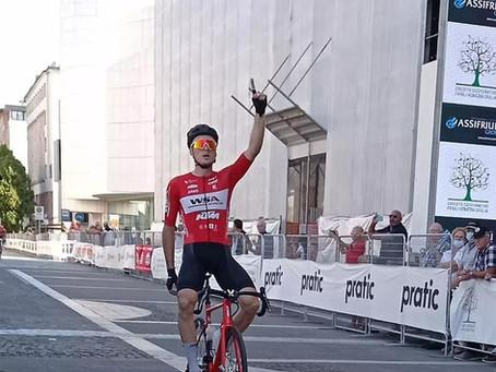 Daniel Auer gewinnt die Schlussetappe des Giro della Regione Friuli Venezia Giulia
