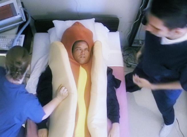 Heinz Commercial - Screenshot_Hot dog not so hot