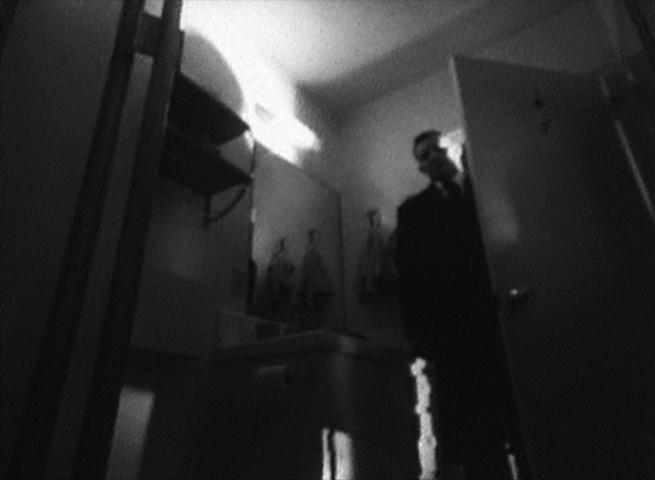 Valley of the Shadow - Screenshot_Bathroom 03