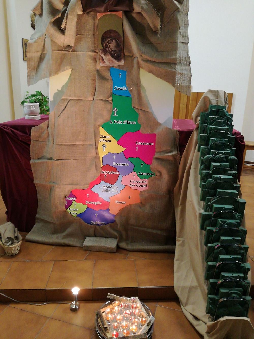 La nostra Unità Pastorale simbolicamente rappresentata nelle 14 parrocchie della cartina e dalle 14 stazioni della Via Crucis.