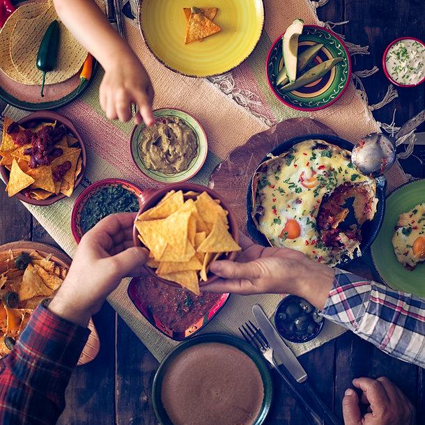 Nachos Mexican Feast Guacamole Refried Beas Huevos Rancheros Chilli Con Carne Sharing Tortillas Jalapenos Avocado