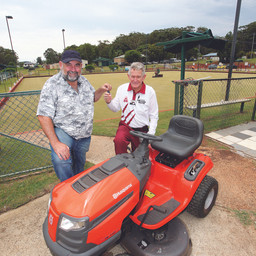 RUSSELL BOWLS CLUB GETS NEW MOWER