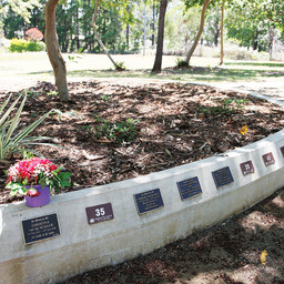 BAY ISLAND MEMORIAL GARDENS PROVING POPULAR