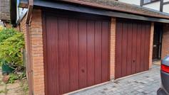 2 Hörmann Elegance retractable doors in Decograin Rosewood