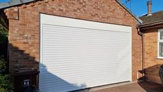 Trjon roller door in white