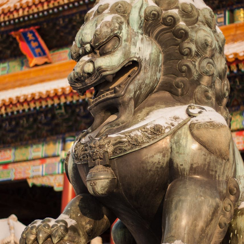 Chinese style lion statue