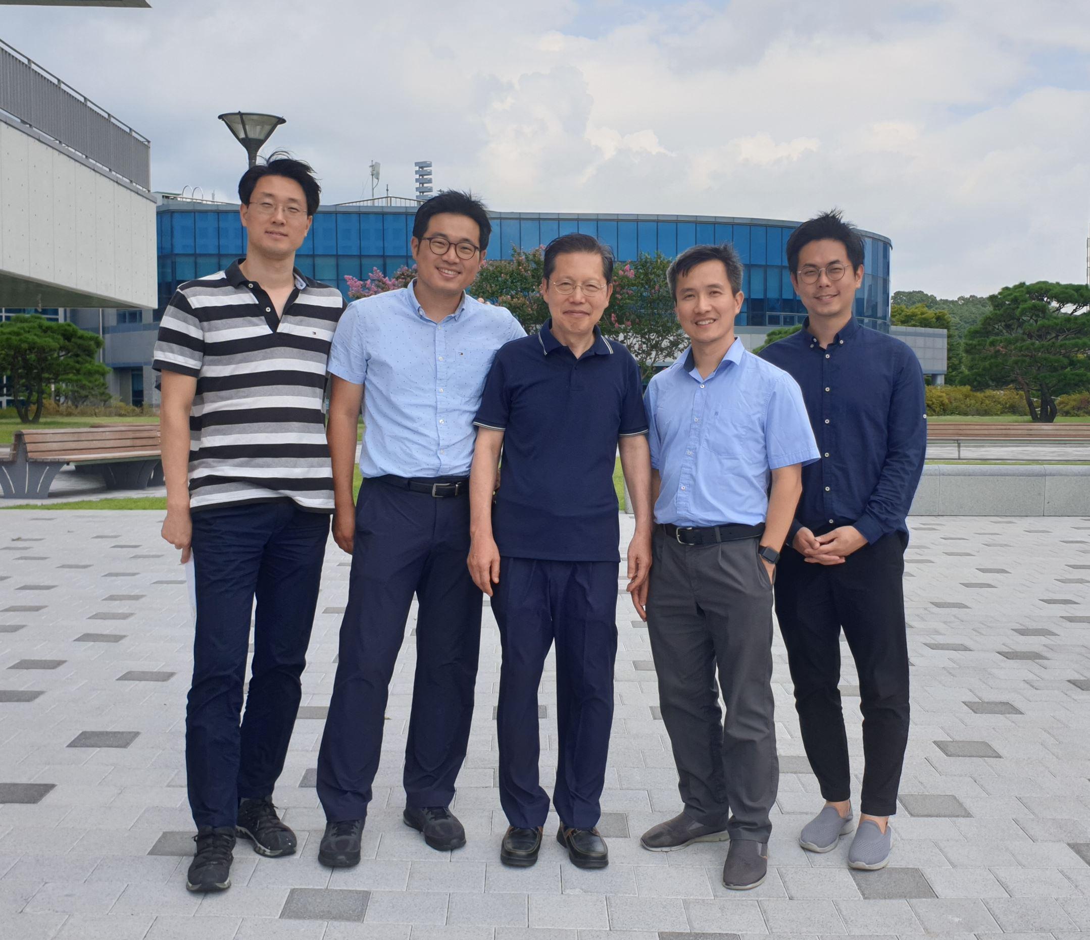 Mini Alumni (a.k.a Prof. Cho's Kids)
