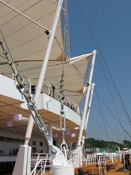 cable-stayed extensions